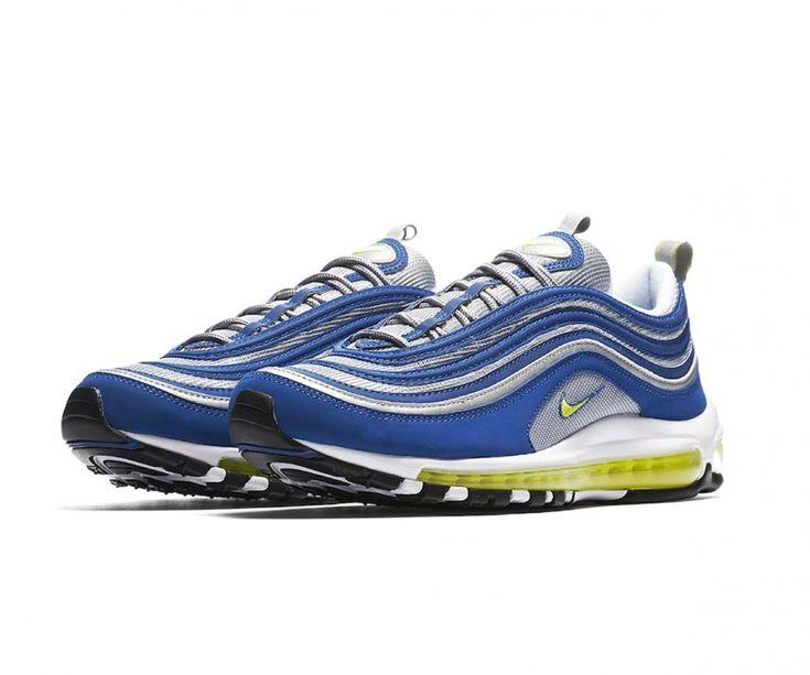 Las zapatillas Nike Air Max 97 para hombre siguen pisando fuerte con los mismos detalles de diseño que las hicieron famosas: líneas ondulantes, detalles reflectantes y amortiguación Max Air de longitud completa.