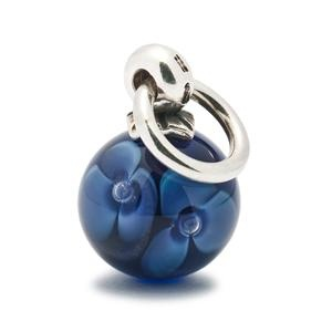 New Spring Trollbeads.  Might need to update my necklace.