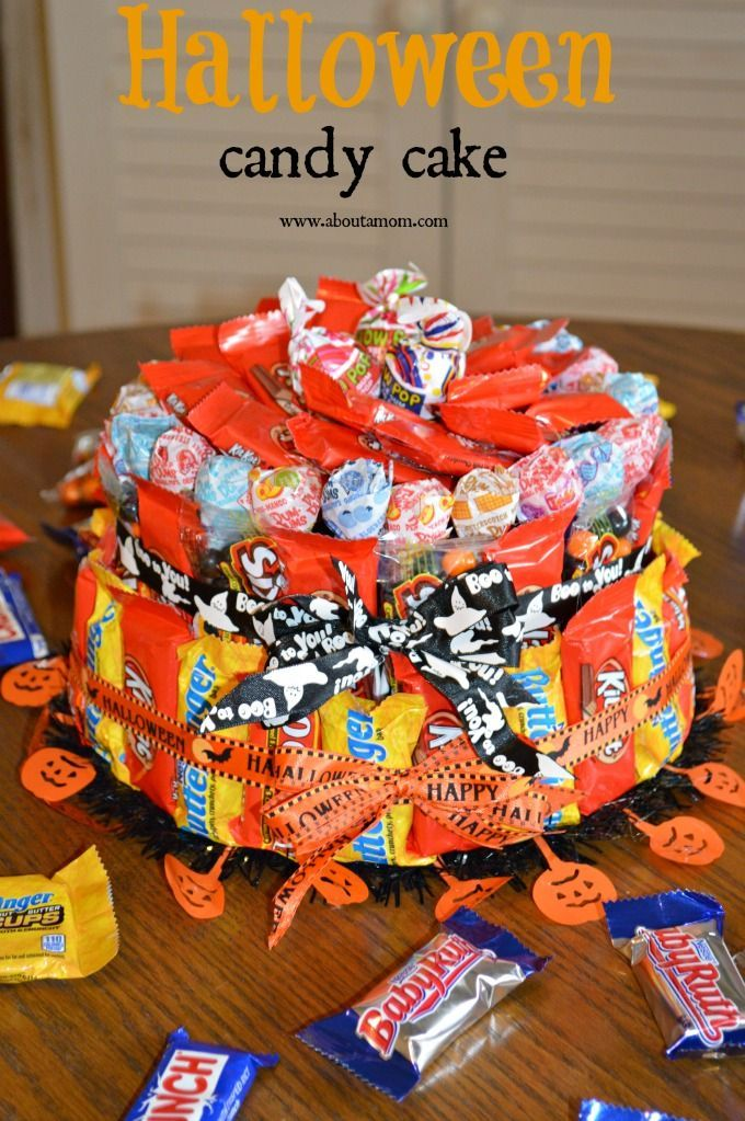 How to Make a Halloween Candy Cake, Such a cute idea for Halloween parties.