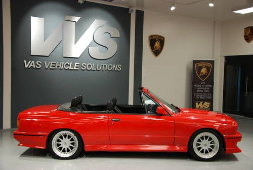BMW M3 E30 CONVERTIBLE HIGH SPEC JUST 28000 MILES (1991) (picture 2 of 5)