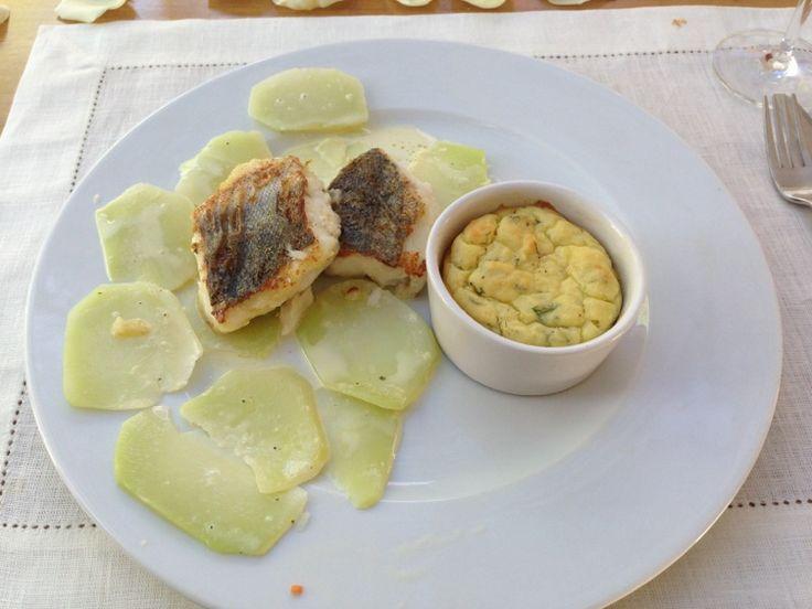 Fish with kohlrabi and potato Soufflé