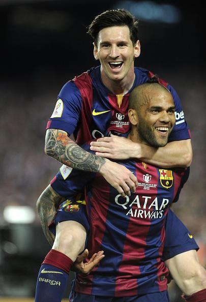 Messi and Alves celebrate | Copa del Rey Final, 30 May 2015: Athletic Bilboa 1 - FC Barcelona 3 http://www.urfifa.com/