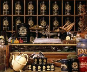 Mariage Freres, París. Tea salon  Officially founded in 1854