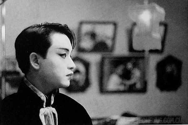 """Leslie Cheung in """"Farewell My Concubine"""""""