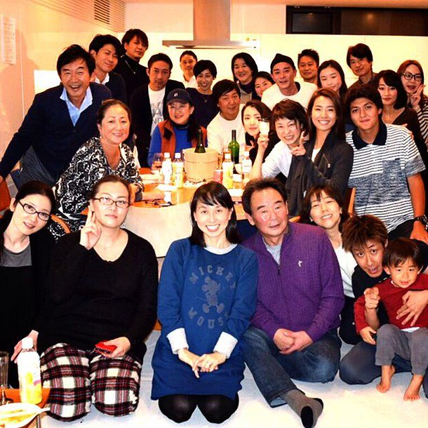 Private Chef 出張シェフ(wataru sumiya)☆ケータリング&デリバリー   年末に開催された 石田純一さん 東尾理子さん すみれさんの マネージャーさん、メイクさん、スタイリストさんをお招きした、 今年一年間の感謝を込めたお疲れ様会に出張シェフで料理を作ってきました。