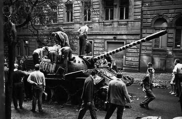 1968 Czechoslovakia   Soviet In Prague