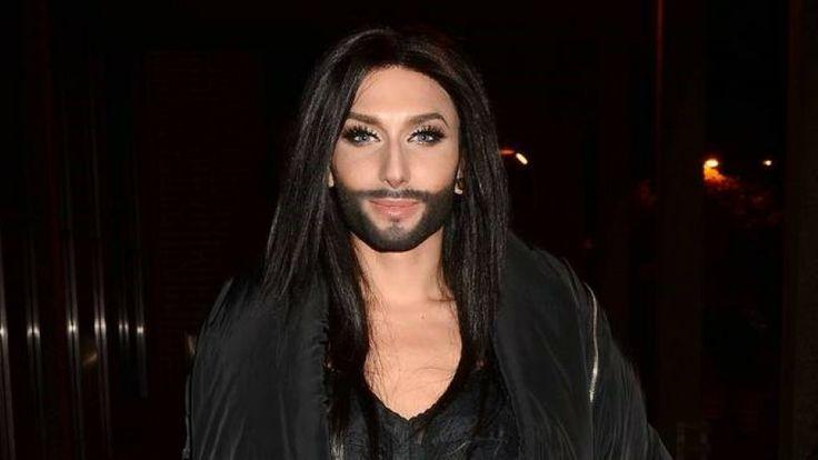 Mooi lied maar wel met mijn ogen dicht. Maar maak a.u.b. een keus, man of vrouw!!!!!!! Thomas Neuwirth, bekend als Conchita Wurst, is een Oostenrijkse zanger en travestiet. Hij identificeert zichzelf als geslachtsneutraal, en gebruikt vrouwelijke persoonlijke voornaamwoorden.