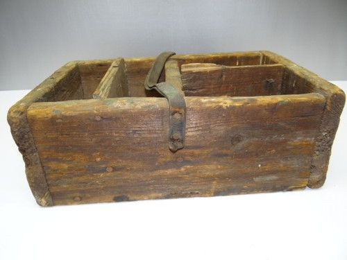 14 best images about ideas for carpenter 39 s boxes on pinterest for Old wooden box ideas