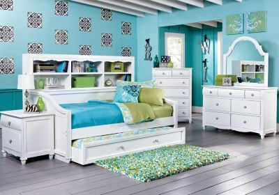 Gabriella Winter White  5 Pc Twin Bookcase Daybed Bedroom- Audrey's big girl bed.