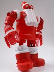 These upcycled creative robots are incredible! Santa #upcycledart #artrobots