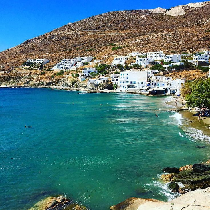 The wonderful Ysternia bay in Tinos island (Τήνος) !