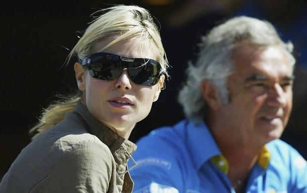 Heidi Klum e Flavio Briatore no GP dos Estados Unidos, em 2003 (Foto: Getty Images)