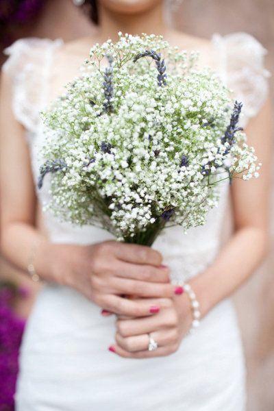 Tendance mariage : le bouquet de mariée champêtre - La Mariée en Colère