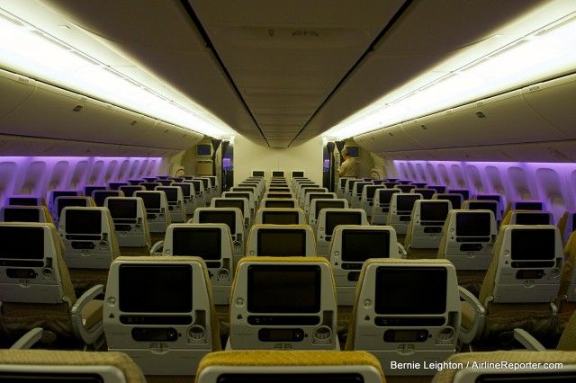 Singapore Airlines Boeing 777-300ER: The new economy cabin.