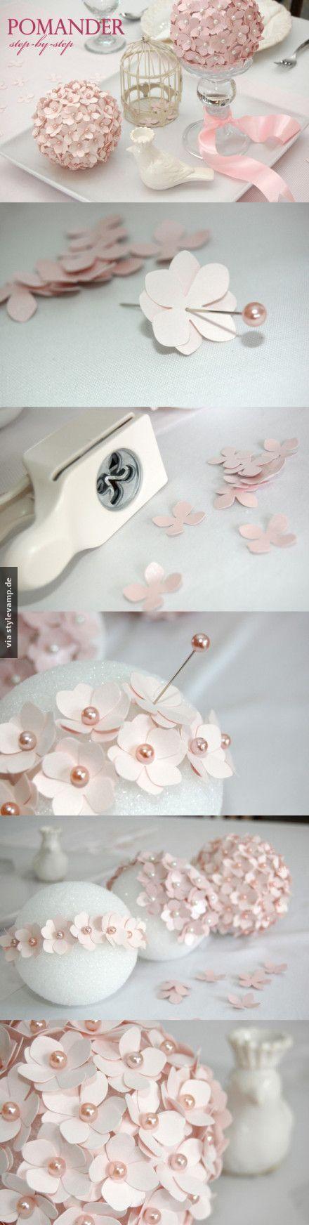 Blumen-Deko DIY mit Stecknadeln und viel Geduld für den Frühling.