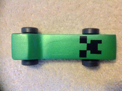 Minecraft Creeper Pinewood derby car