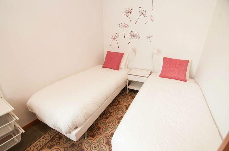 dormitorio burdeos #proyectoturisticosants - iloftyou