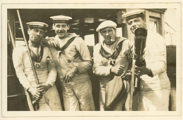 Photograph of British sailors on board HMS KENT, 1914. - National Maritime Museum