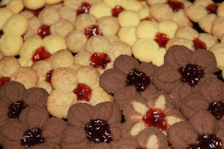 kvietkové sušienky, sušienky z lisu, strojčekové koláčiky, vanilkové sušienky, kakaové sušienky, kávové sušienky, sladký život