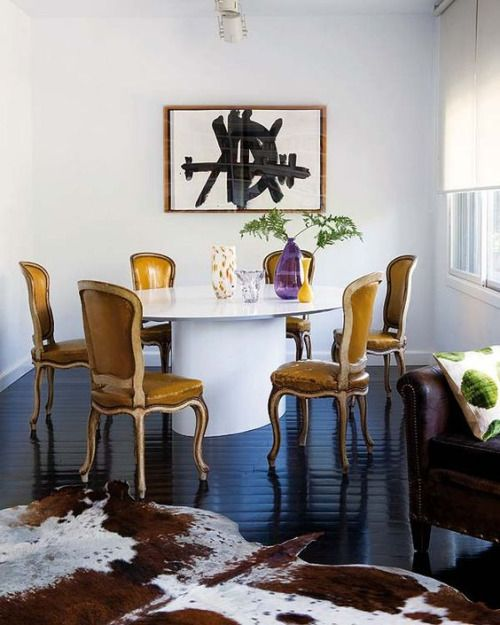 love the chunky dining table.