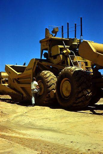 Monster Trucks For Sale >> LeTourneau LT360   Heavy equipment, Monster trucks, Toys for boys