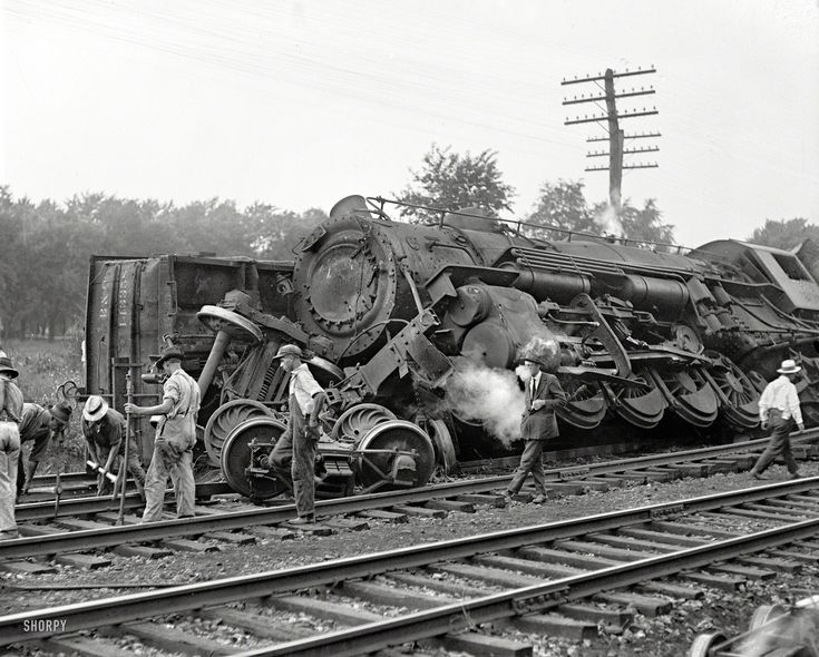 """July 31, 1922. Laurel, Maryland. """"Two B&O freights wrecked in head-on crash at Laurel switch."""" National Photo Company glass negative."""
