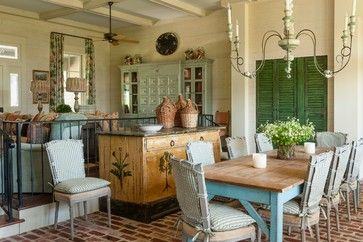 Historic Farmhouse Design Ideas, Pictures, Remodel and Decor