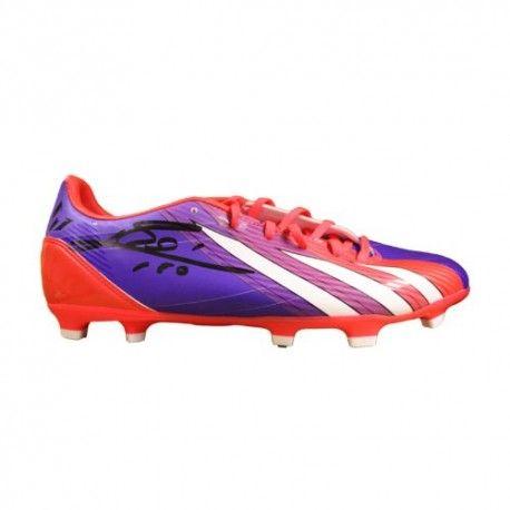 Leo-Messi-Signed-Pink-AdiZero-III-Adidas-Boot-0