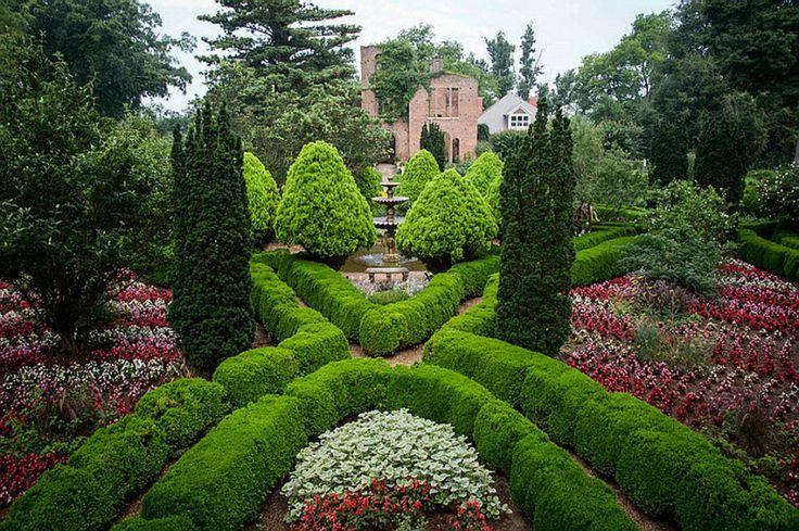 formal garden hill