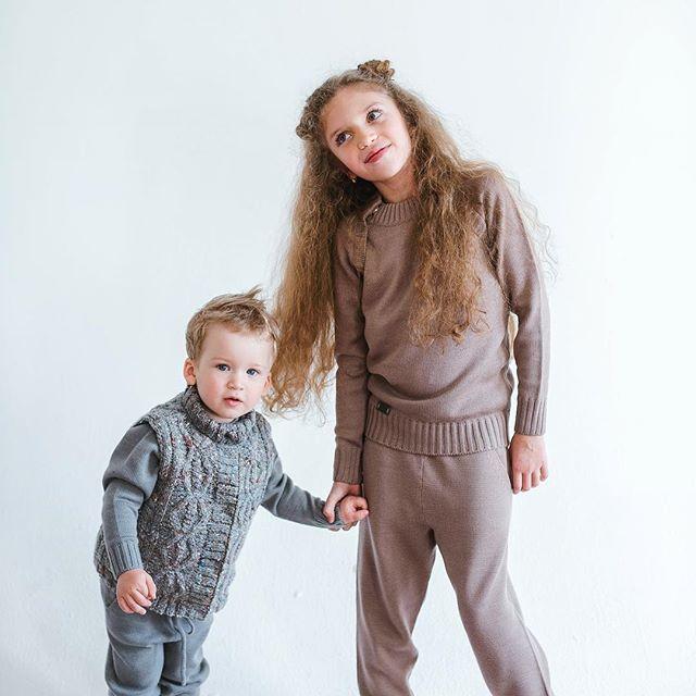The more friends the better!!! Let's be friends 😉?! Happy Friends Day!!! 🎈🎊🎈🎊🎈 . Много друзей не бывает!!! Давай дружить😉?! С Международным Днём Друзей !!!🎈🎊🎈🎊🎈 . #wonderwearwool #wool #merinowool #knitting #childrensfashion #children #kids #kidswear #kidsstyle #kidsclothes #mamakiev #instamama #fashion #style #дети #детство #детскаямода #детинашевсе #детскаяодежда #одежда #одеждадлядетей #детицветыжизни #стиль #стильнаяодежда #стильнаядетскаяодежда