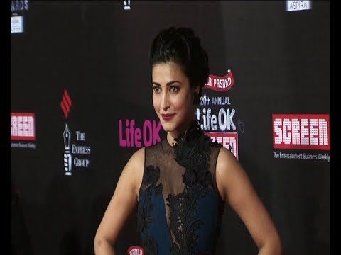 Shruti Hassan | Red Carpet of LIFE OK SCREEN AWARDS 2014.