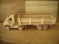 Lívia Alencar Contadora de Histórias: História: O caminhão de madeira