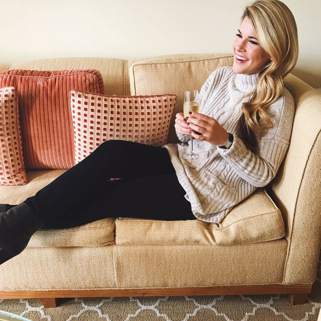 Pittsburgh based life and style blog by Sydney Carver, that boasts classic, timeless style with preppy influences and a ladylike twist.