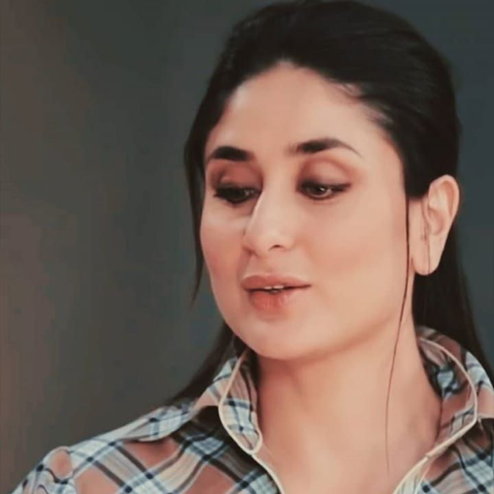 Kareena Hd Photos On Instagram Shy Face Missprincessbebo Karena Kapoor Face Bollywood Stars