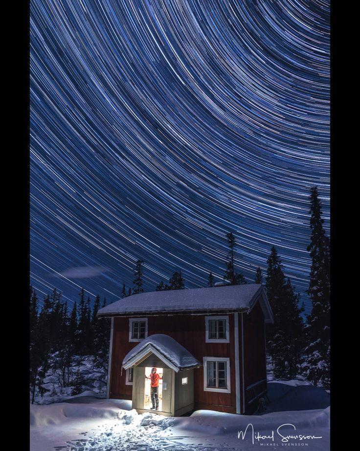 14 February 2016. Storsätern Dalarna Sweden. #embracelife #embracetheday #embracethemoment #adventureisoutthere #outdoorlife #lifeisgood #mikaelsvenssonphotography #astrophotography #beatthecold #haglofs #swedenimages #thebestofscandinavia #bestofscandinavia #naturemoments #ig_sweden #solitude #outdooradventurephotos #outdoors #sweden_photolovers #ig_mood #ig_masterpiece #ig_sweden #dalarna #grövelsjöfjällen #startrails