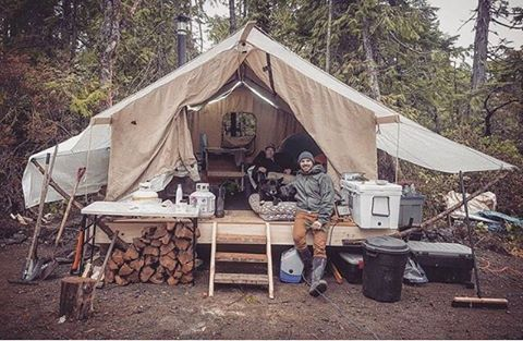Most people would call this camping but some live this way full time. Would you consider living in a tent or yurt full time? Thanks @willygrainger for sharing!