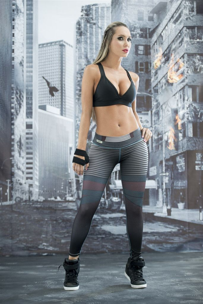 These Elektra Super Hero Leggings from Fiber are great for working out, casual wear or even dressing up for Halloween. You will love these exclusive leggings that are made from the highest quality mat