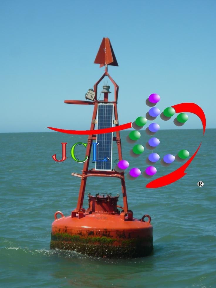 Alimentación con paneles solares del sistema de boyas marinas
