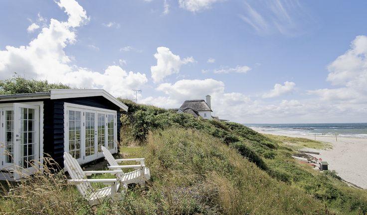 Keltainen talo rannalla: Mökkielämää