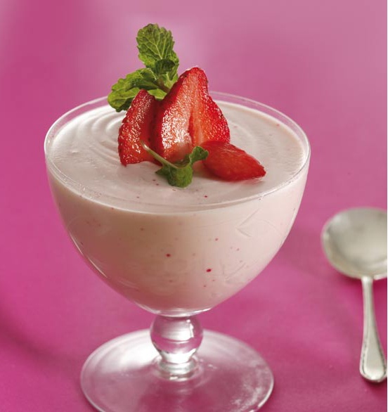 FABULOUS RECIPE IDEA USING LIFESTYLE SHAKE!   Fluffy Strawberry Dessert    • 15ml gelatine   • 25ml cold water   • 500ml Bulgarian yoghurt   • 60ml Annique Lifestyle Shake, strawberry flavour   • 45ml sweetener   • 250ml whipped cream   • Fresh strawberries    WANT TO MAKE THIS?? GO TO http://anniqueonline.co.za/content/annique-rooibos-recipes