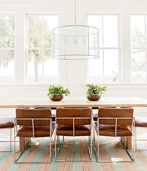 Discover more: http://modernchairs.eu/   #designinspiration #modernchairsideas #moderndesign #chairdesign #interiordesign #designhouse #curateddesign #furnituredesign #diningroomdecor #diningroomideas #moderndiningroom #diningroomchairs