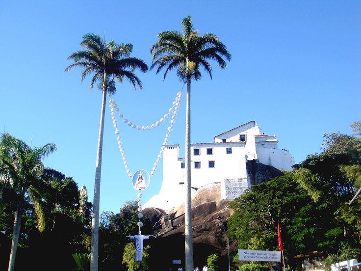 O terço gigante da Festa da Penha, no Brasil tem muito em comum com a obra que inaugurada esta terça-feira, 2 de maio, em Fátima.