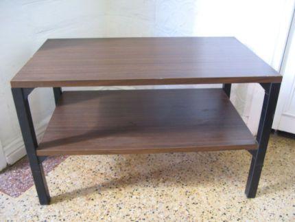 $25 Retro BROWN DISPLAY TABLE Extra Storage Shelf 62x36x37cm Text 0411691171 or email info@bitspencer.com