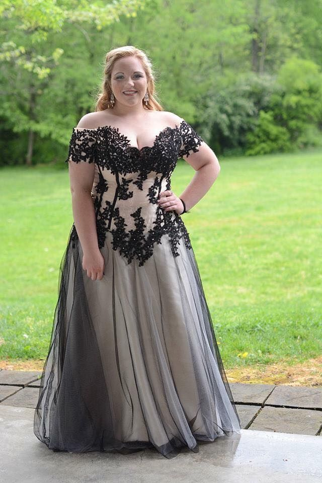 Image Result For Plus Size Prom Dresses Fat Girls Things To Wear