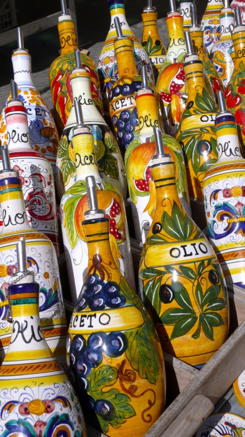Deruta ceramic oil bottles - beautiful containers for your olive oil
