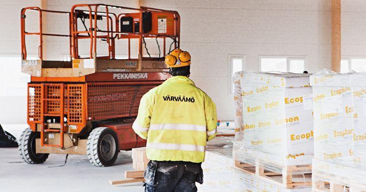 Muurarin apumies Oulu, Värväämö, Oulu: Palkataan muurarille pari reipasta ja ahkeraa apulaista. Työmaa on Oulussa, mutta ei ihan…