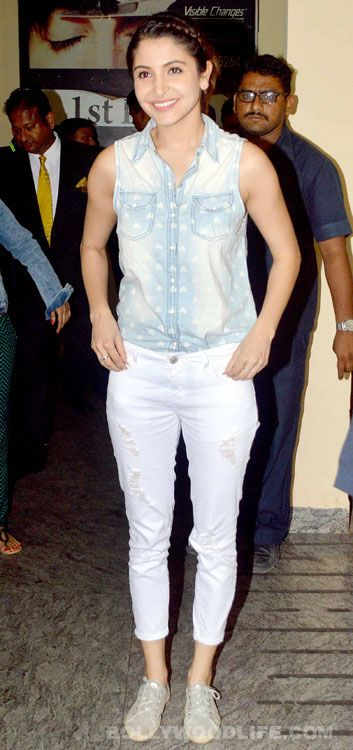 Anushka Sharma was her own deus ex machina in NH 10 and her fiery avatar is impressing the audiences and critics alike! She was spotted at a movie theatre recently with her NH 10 team for a screening of her film. NH 10's director Navdeep Singh and the villain Darshan Kumar posed for the shutter