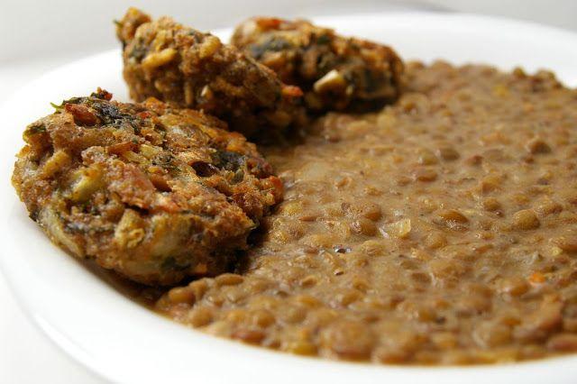 Mindennapi ételeink: Savanyú káposztás lencsefőzelék gombafasírttal