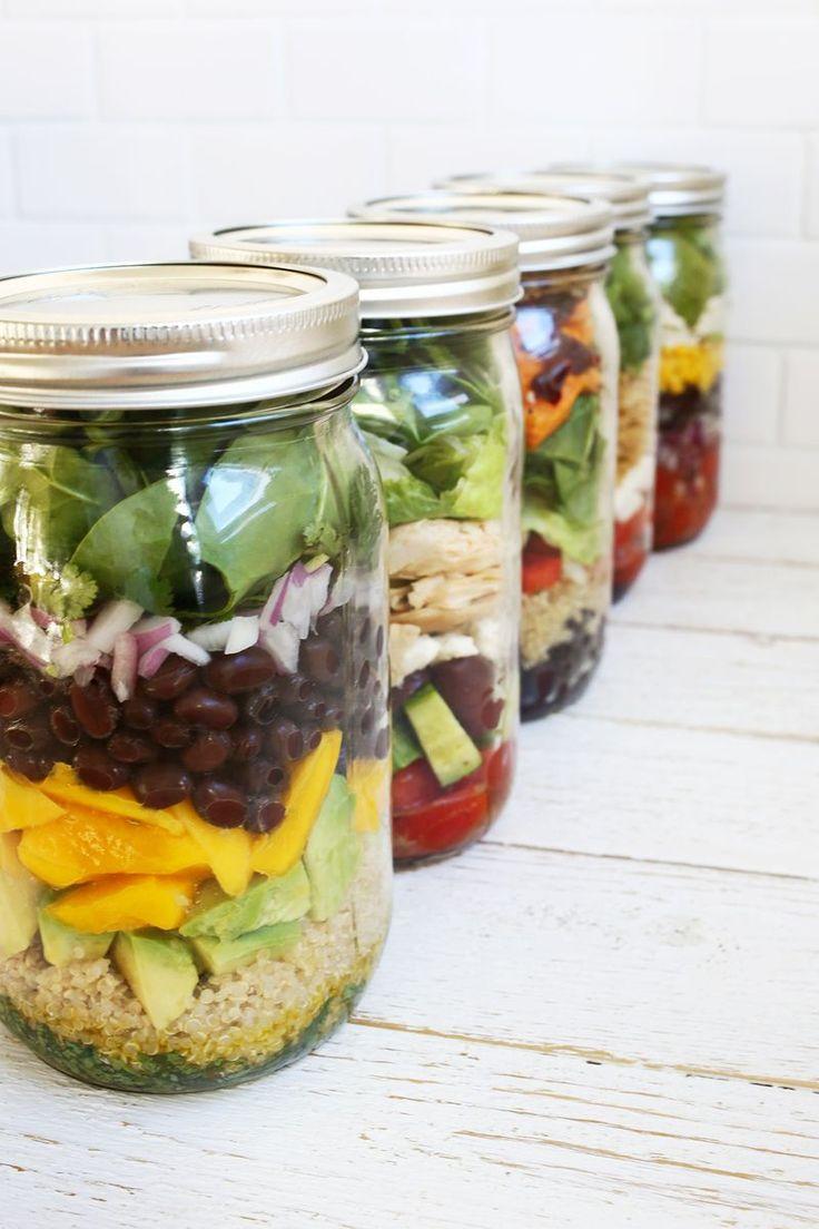 Cinq salades faciles en bocal, pour les déjeuners au bureau ou les pique-nique