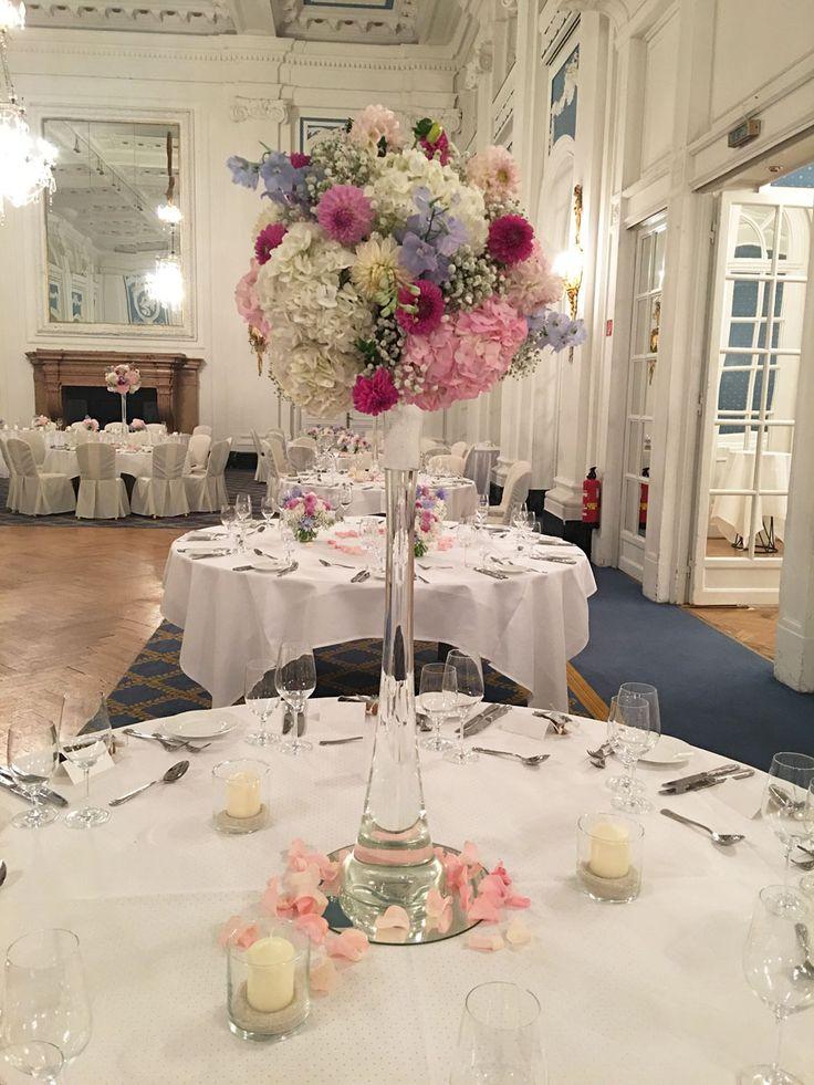 75 best hochzeit tischdekoration blumenschmuck wedding images on pinterest flower. Black Bedroom Furniture Sets. Home Design Ideas